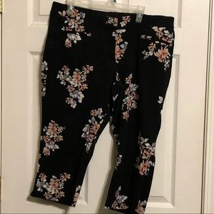 Lane Bryant Allie black floral capris
